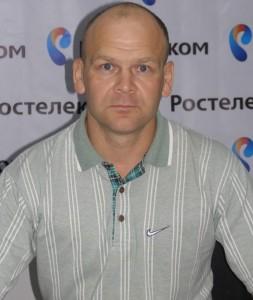 Инструктор клуба  Рубин Субуханкулов –  майор ВДВ запаса